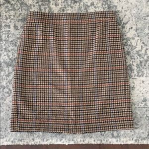 Like New EUC J. Crew Houndstooth Pencil Skirt